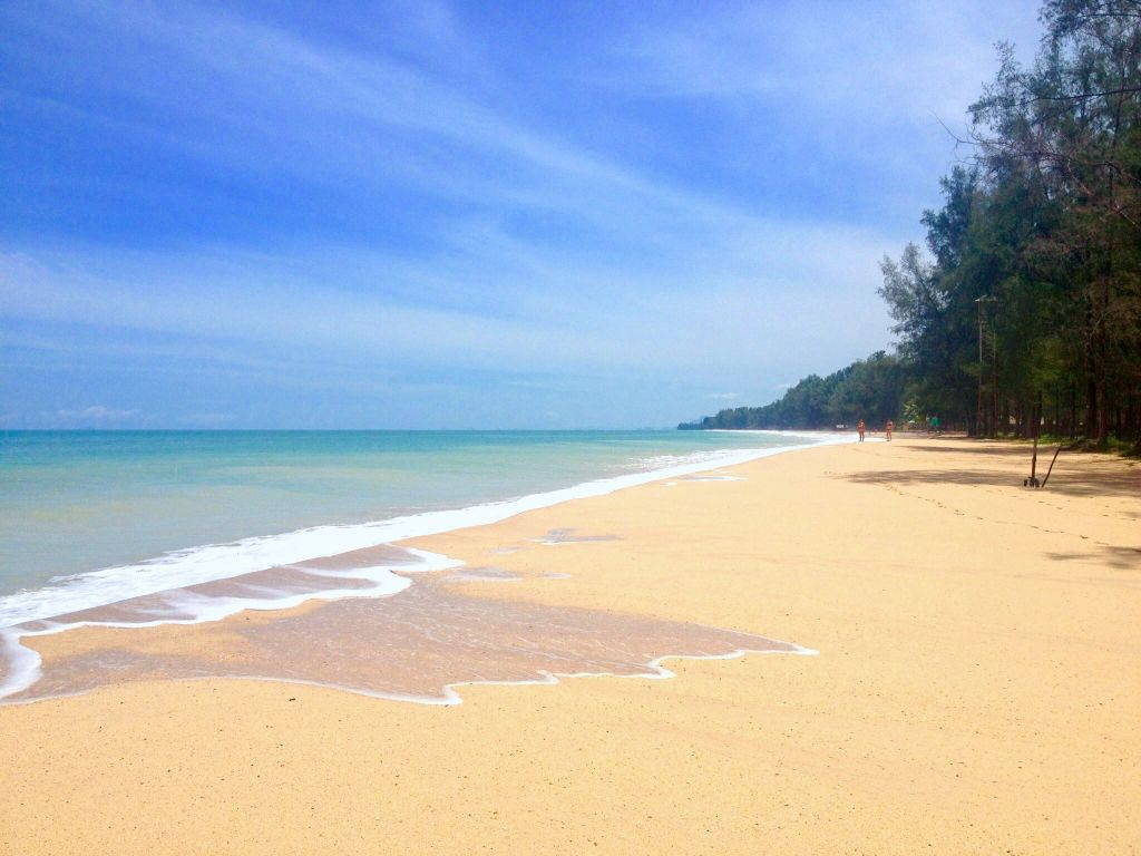 best beaches in koh lanta