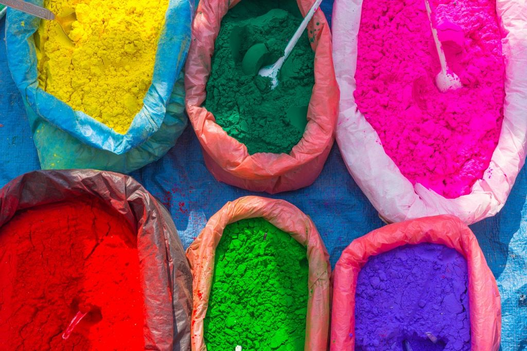 Multi colored powders