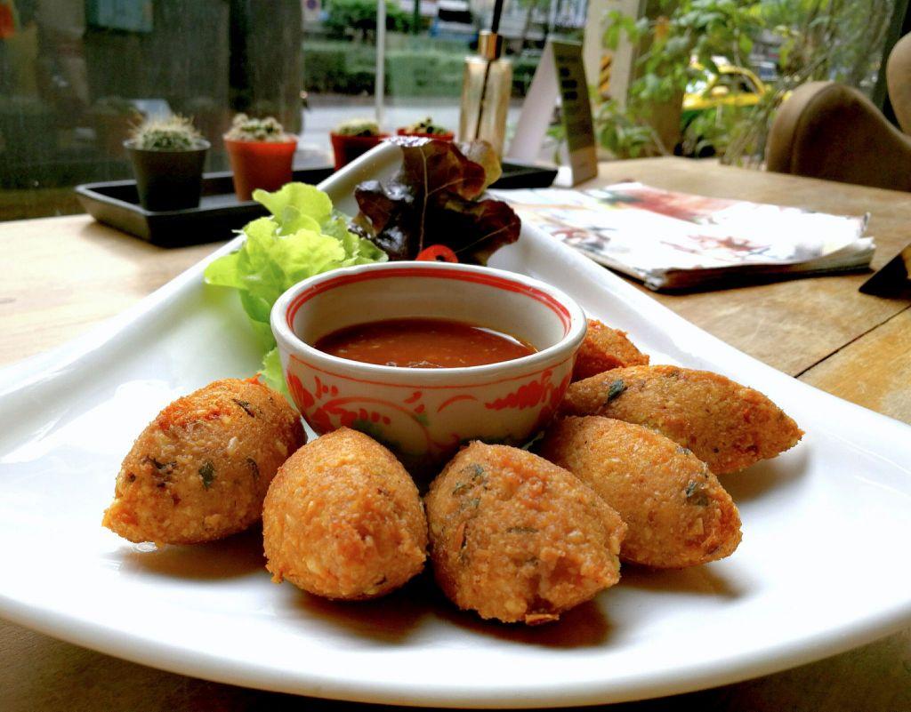 Burmese Fritters